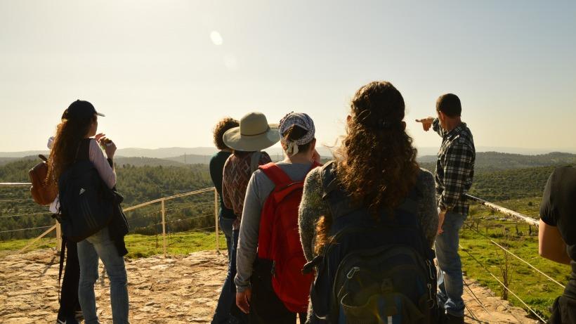 צוות מורה-חוקר בטיול